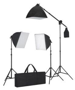 Studiosæt m. sort baggrund 3 dagslyslamper reflektor